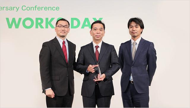 KDDI株式会社 - The Best Sales Performance